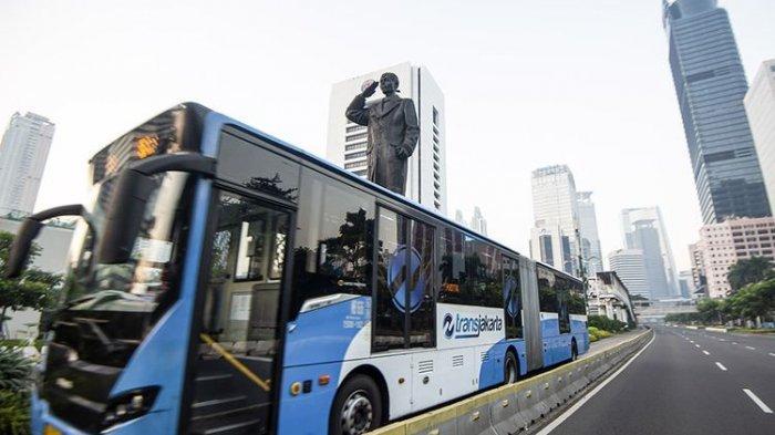 Seluruh Angkutan Umum di Jakarta Hanya Layani Pemegang STRP