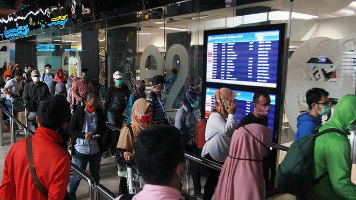 Terbang dari dan ke Jakarta Selama PSBB, Masih Perlukah Pakai SIKM?