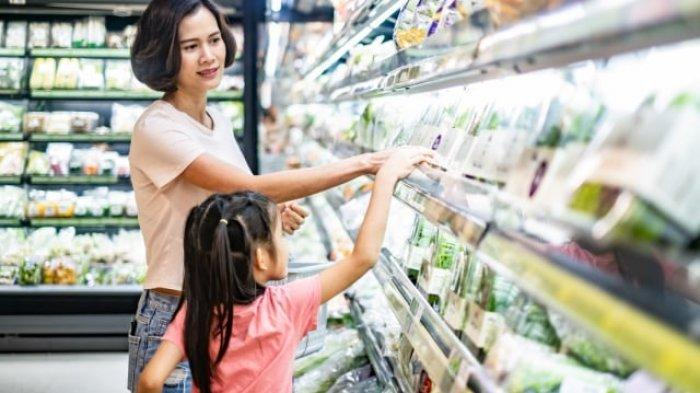 Anak Rewel Saat Diajak Belanja? Ini Tips untuk Mengatasinya