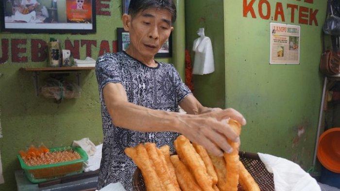 Cakue Ko Atek, Jajanan Terkenal di Gang Kelinci Pasar Baru