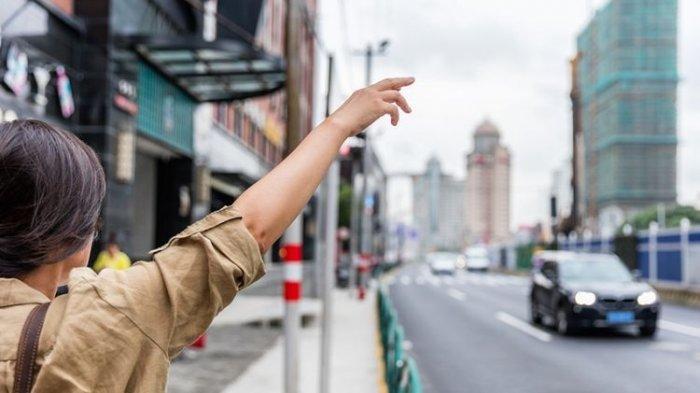 Tips Aman Saat Naik Taksi atau Ojek Online, Terutama untuk Wanita