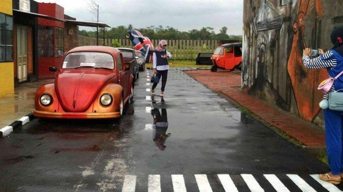 Harga Tiket Masuk Junkyard Auto Park, Spot Selfie Berisi Mobil Kuno Dekat Candi Borobudur