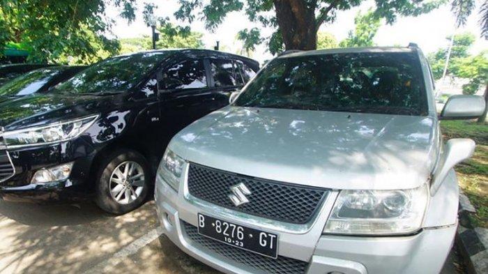 3 Efek Buruk Sering Parkir Mobil di Bawah Terik Matahari