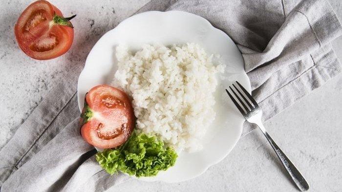 Makan Nasi Putih Berlebihan Ternyata Menyimpan 4 Bahaya Ini Bagi Tubuh