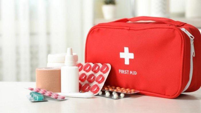 Daftar Obat-obatan yang Wajib Dibawa Saat Melakukan Perjalanan