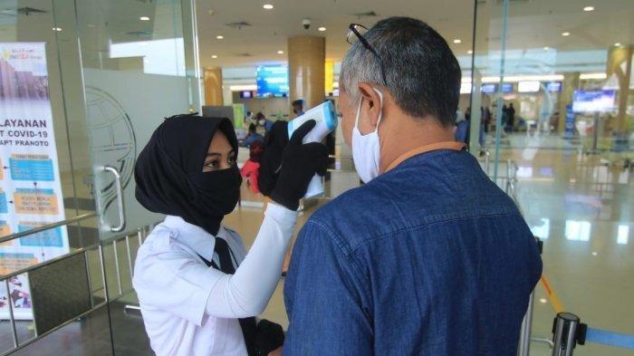 Kasus Penumpang Positif Covid-19 Terulang, Seberapa Aman Naik Pesawat Saat Pandemi?