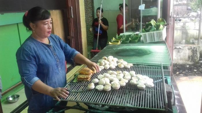 Pempek Saga Mampir dan 6 Kuliner Malam di Kota Palembang