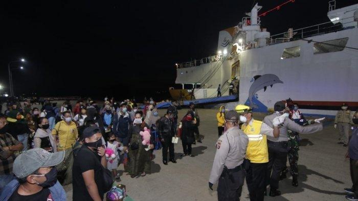 Pelabuhan Semayang Balikpapan Ditutup, PT Pelni Jamin Kembalikan Uang Penumpang 100 Persen