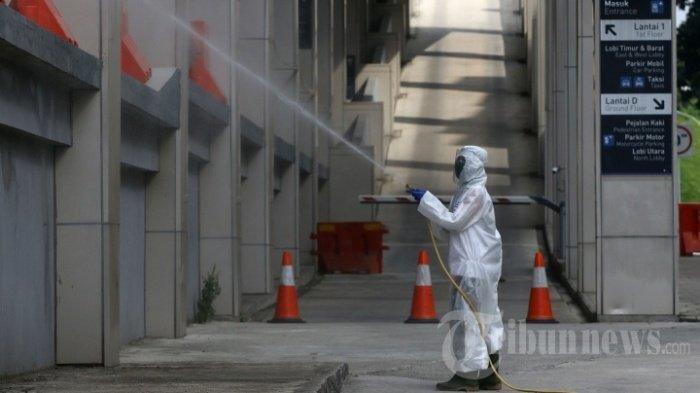 Lakukan Seperlunya, Terlalu Sering Menyemprot Disinfektan dalam Rumah Malah Berbahaya