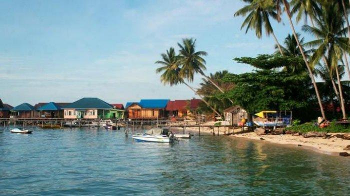 Keliling Kepulauan Derawan dengan Biaya Hemat, Begini Triknya