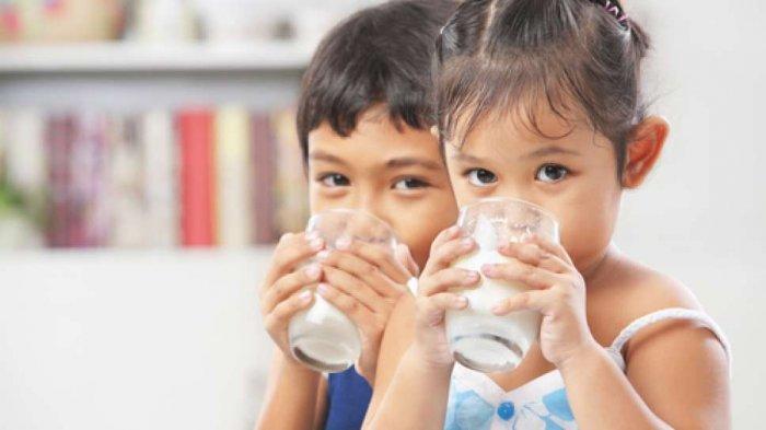 Ini Dampak Buruk Jika Anak Terlalu Banyak Minum Susu