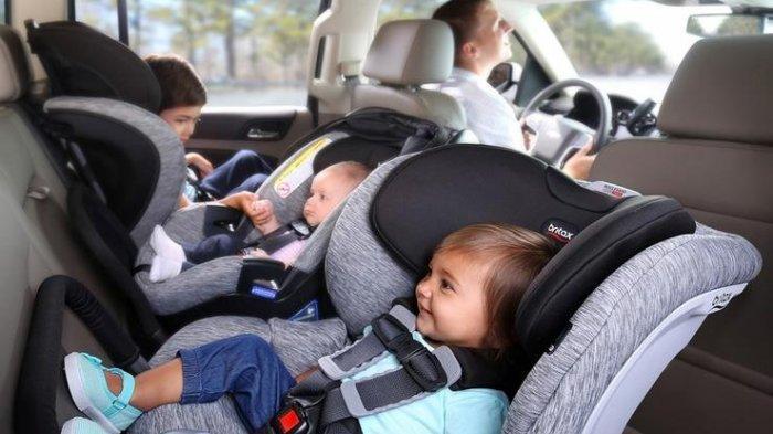 Jangan Biarkan Bayi Terlalu Lama di Car Seat, Bisa Berakibat Fatal!