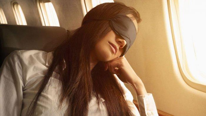 Sebaiknya Jangan Tidur saat Pesawat Lepas Landas dan Mendarat, Ini Alasannya