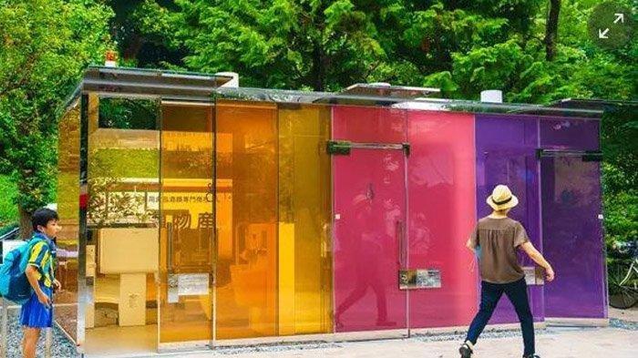 Unik! Toilet Umum Tembus Pandang di Jepang, Berani Coba?