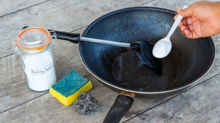 Alat Masak di Dapur Berkarat? Berikut Tips Membersihkannya