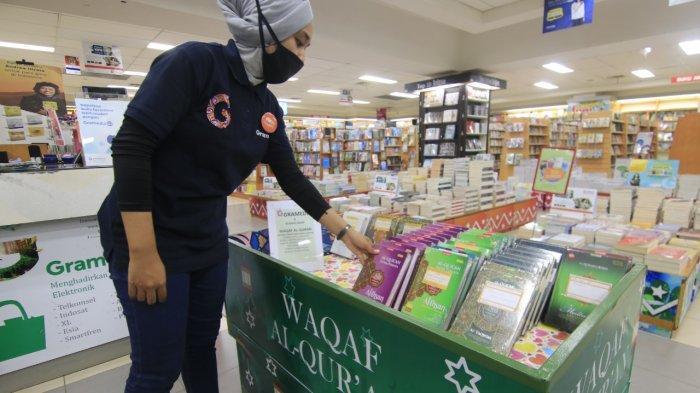 Ramadan, Wakaf Al-Quran Lewat Toko Buku Gramedia