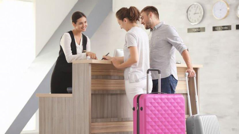 Tiga Dokumen Penting yang Wajib Dibawa Saat Hendak Chek In di Hotel