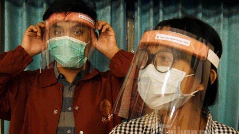 Pakai Masker atau Face Shield, Mana Lebih Efektif? Simak Penjelasan Ahlinya