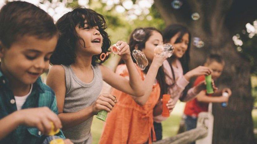 Cara Menghilangkan Noda dari Pakaian Anak