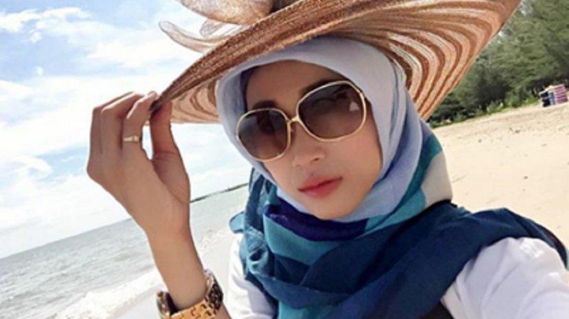 Traveling Panas-panas Tanpa Kacamata Hitam, Membahayakan Kesehatan Mata