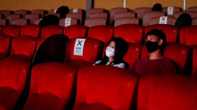 4 Masker yang Aman Dipakai saat Nonton Film di Bioskop