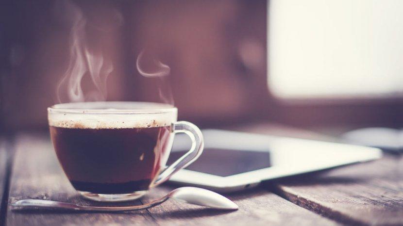 Bikin Kopi Pakai Gula Aren, Benarkah Lebih Sehat?