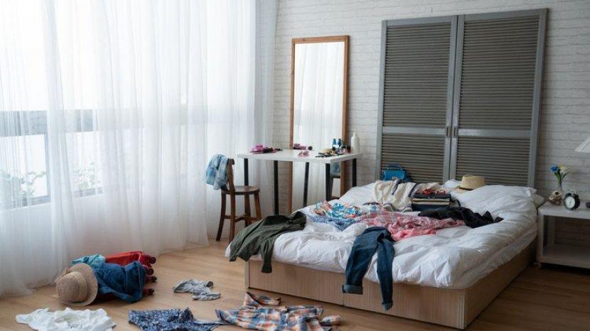 5 Langkah Mudah dan Cepat Membersihkan Kamar Tidur yang Berantakan