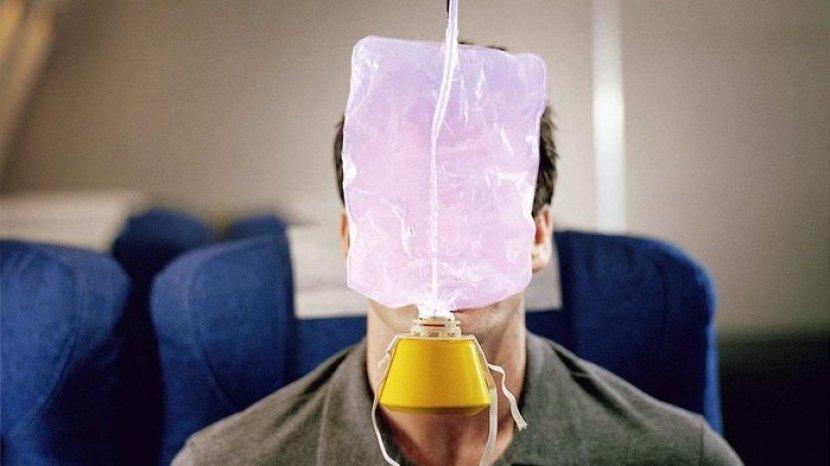 Rahasia Penerbangan yang Belum Banyak Orang Tahu, Termasuk Fakta Masker Oksigen