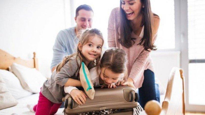 Saat Traveling Bersama Anak, Ini yang Perlu Diperhatikan
