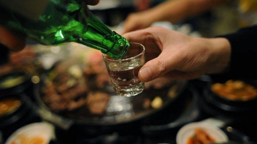 8 Minuman Teraneh di Dunia, Ada Soju Air Mata Tuna di Korea Selatan