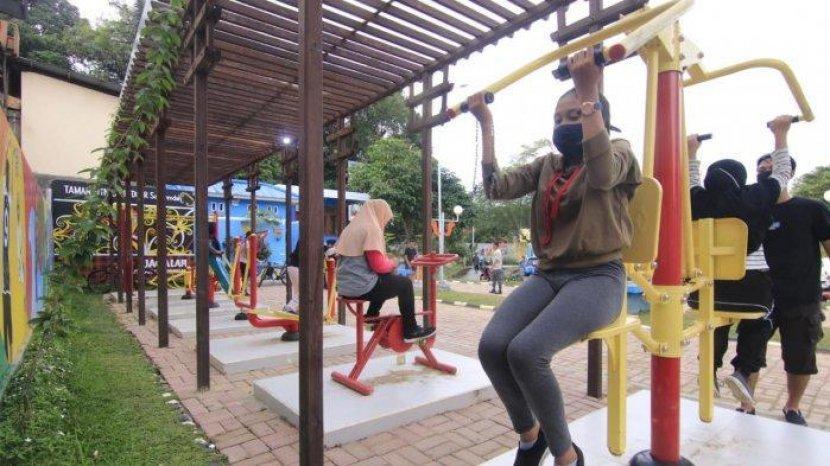 Tips Aman Olahraga di Luar Rumah Saat Pandemi dari dr Reisa Broto Asmoro