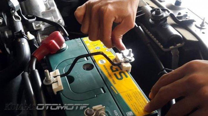 Tips Merawat Aki Mobil Supaya Lebih Awet dan Hemat Biaya Servis
