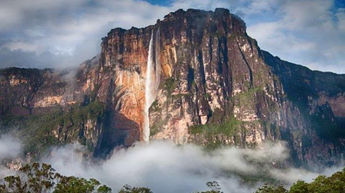 5 Air Terjun Paling Tinggi di Dunia, Air Terjun Angel Tingginya Mencapai 979 Meter