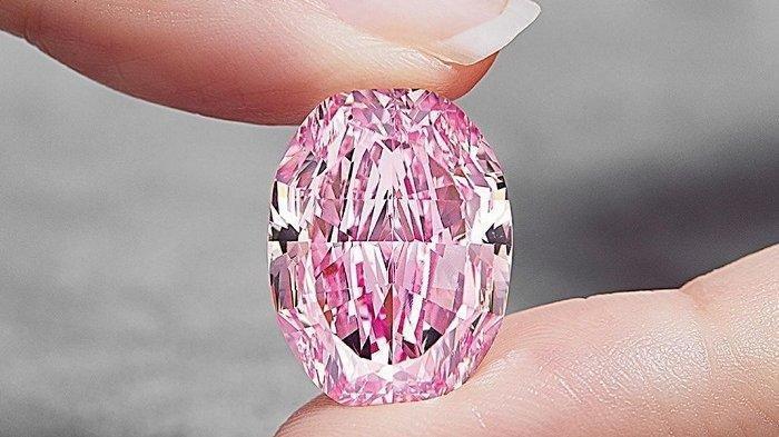 Berlian Purple-Pink Langka Ini Dijual Seharga Rp 378 Miliar