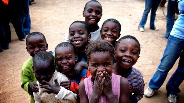 Misteri Wabah Tertawa di Tanzania yang Bikin Belasan Sekolah Tutup