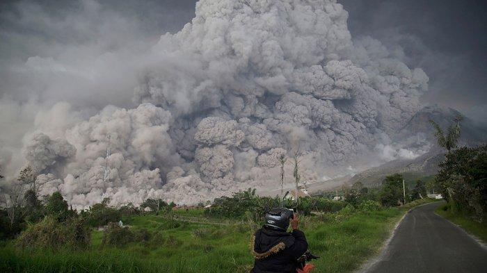 Tahukah Kamu? di Indonesia Ada 139 Gunung Berapi yang Masih Aktif