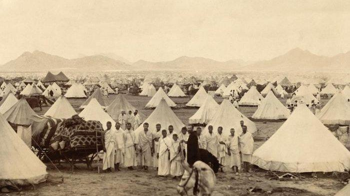 Sukacita dan Nestapa Berhaji Zaman Hindia Belanda