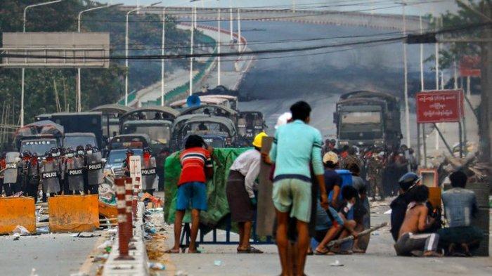 PBB: Tanda Bahaya, Harga Makanan dan Bahan Bakar Mulai Naik di Myanmar