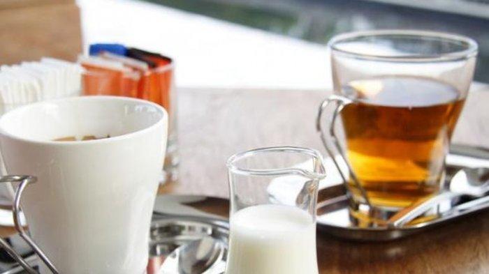 Mana yang Lebih Sehat, Minum Teh atau Kopi?
