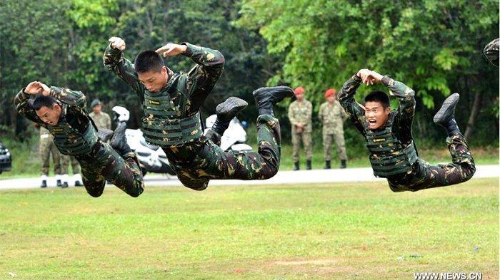 Tak Hanya Berseteru dengan Amerika, Militer China Juga Bentrok dengan India, Diambang Perang?
