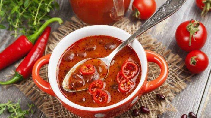 Sering Makan Makanan Pedas Bikin Cepat Pikun? Ini Faktanya