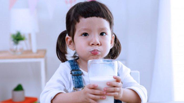 Apa Akibatnya Kalau Anak Terlalu Banyak Minum Susu?