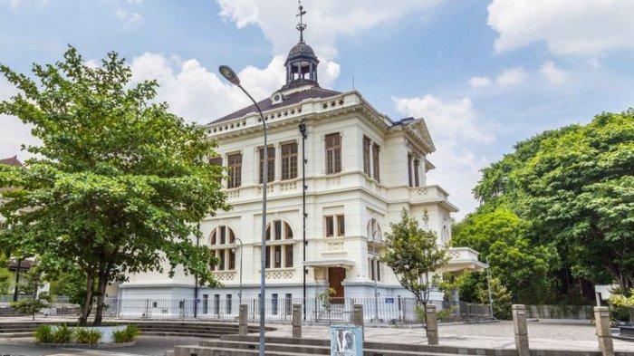 Inilah Bank yang Pertama Berdiri di Indonesia