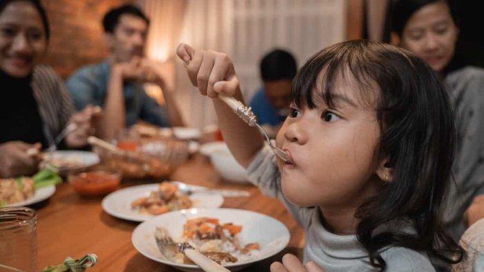 Melatih Anak Puasa Ramadan, Perhatikan Asupan Gizinya