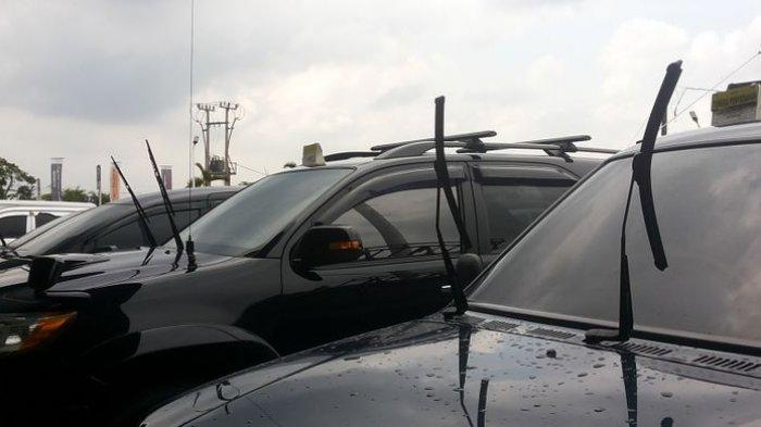 Angkat Wiper Mobil saat Parkir, Apakah Cara Ini Terbukti Bikin Wiper Jadi Awet?