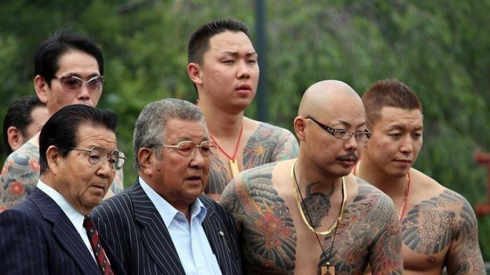 Yakuza Berjualan Masker, Hentikan Bisnis Haram Karena Wabah Corona