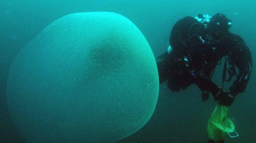 Gumpalan Misterius Ditemukan di Norwegia, Isinya Mengejutkan