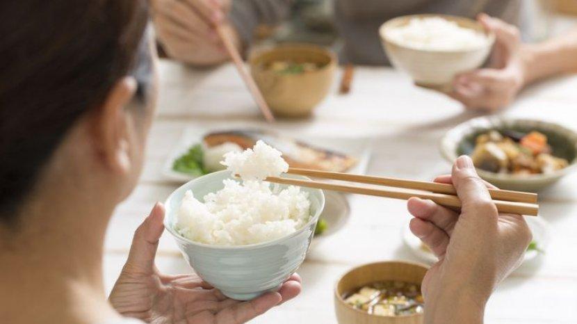 Nasi Putih Bisa Memicu Diabetes? Ini 4 Mitos Soal Nasi yang Perlu Diluruskan