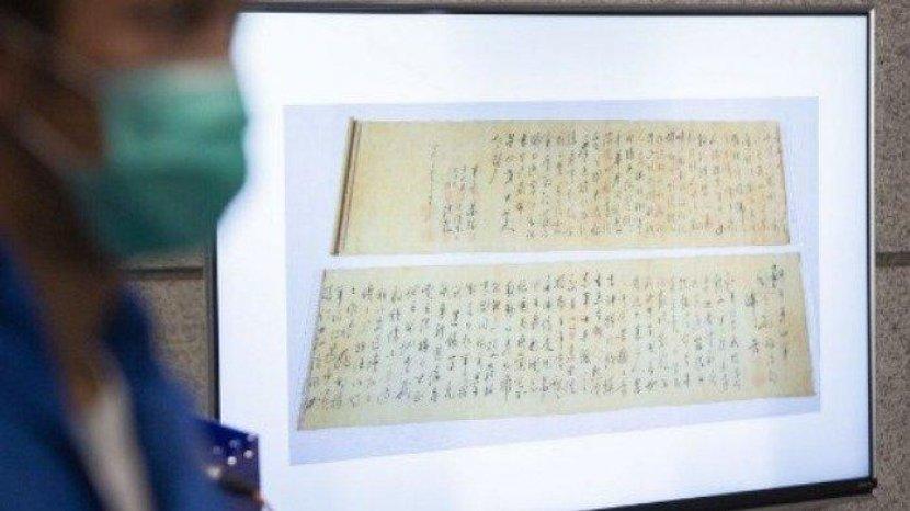 Dikira Palsu, Kaligrafi Mao Zedong Senilai Rp 4 Triliun Disobek Jadi Dua Bagian