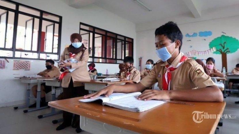 Belajar di Sekolah Kembali Dibuka, Ada Imbauan Khusus Soal Izin dari Orangtua Murid